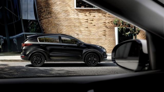 Auto Hybeš_Sportage Black Edition_4